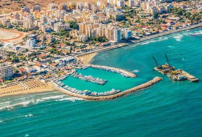 Larnaca, Cyprus – Explore the Beautiful City